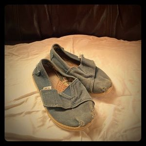 Toms Girls shoes size 9